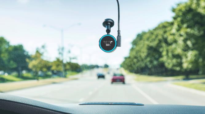 Garmin Speak с Amazon Alexa: умная колонка с навигацией для автомобиля